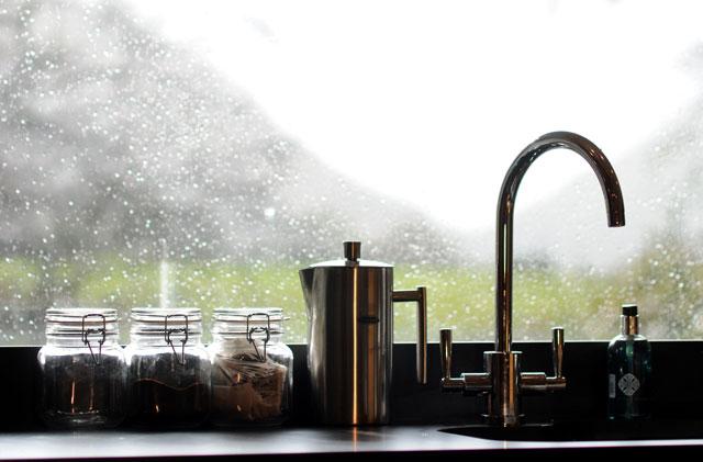 Kitchen & Window